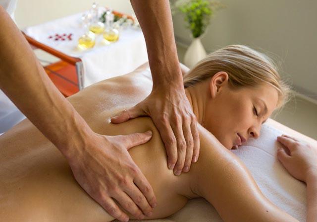 Делать кому-нибудь массаж - означает, что вас ждет утомительный неблагодарный труд.